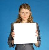 Mujer de negocios con la hoja blanca Fotos de archivo libres de regalías