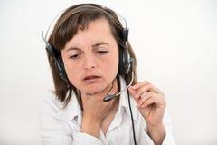 Mujer de negocios de IL con dolor de la garganta Fotos de archivo