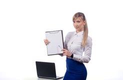 Mujer de negocios en un fondo blanco imagen de archivo