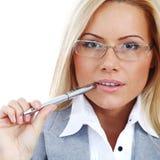 Mujer de negocios en vidrios Imagen de archivo libre de regalías