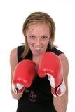 Mujer de negocios hermosa en los guantes de boxeo 5b Fotos de archivo libres de regalías