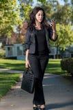 Mujer de negocios hispánica atractiva fotos de archivo libres de regalías