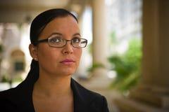 Mujer de negocios hispánica bonita Foto de archivo libre de regalías