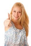 Mujer de negocios joven con el pelo rubio y los ojos azules que gesticula al su Foto de archivo