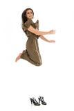 Mujer de negocios joven que salta arriba Imagen de archivo