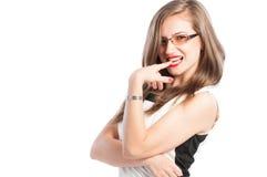 Mujer de negocios que actúa rizada o atractiva Imagenes de archivo