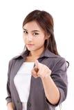 Mujer de negocios que mira y que señala usted imagenes de archivo