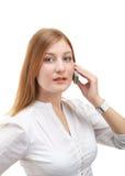 Mujer de negocios que usa el teléfono móvil Fotografía de archivo