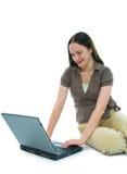Mujer de negocios y computadora portátil Imagen de archivo libre de regalías