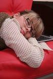 Mujer de negocios y computadora portátil durmientes Fotos de archivo