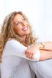 Mujer de pensamiento foto de archivo libre de regalías