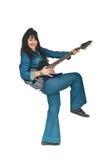 Mujer de risa del guitarrista en dril de algodón Imagenes de archivo