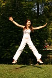 Mujer de salto Imágenes de archivo libres de regalías