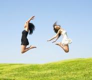 Mujer de salto dos Foto de archivo libre de regalías