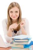 Mujer del adolescente del estudiante con el libro de la computadora portátil Imagen de archivo