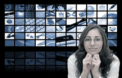 Mujer del asunto y de la tecnología imagen de archivo libre de regalías