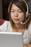 Mujer del centro de atención telefónica Imágenes de archivo libres de regalías