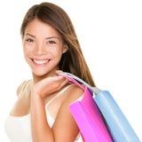 Mujer del comprador que sostiene bolsos de compras Fotos de archivo libres de regalías