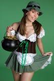 Mujer del día de Patricks del santo Fotos de archivo