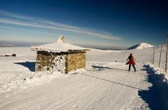 Mujer del esquí del país cruzado Imagen de archivo