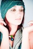 Mujer del este en pañuelo imagen de archivo libre de regalías