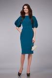 Mujer del estilo de la moda del maquillaje de la ropa del vestido sexy de la belleza Foto de archivo libre de regalías