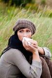 Mujer del estornudo Imagenes de archivo