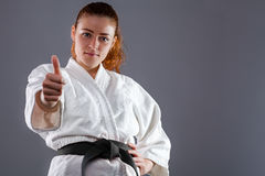 Mujer del karate Foto de archivo libre de regalías