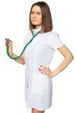 Mujer del médico con el estetoscopio Aislado Fotos de archivo