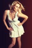 Mujer del modelo de manera foto de archivo