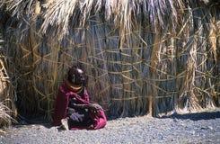 Mujer del molo del EL, lago Turkana, Kenia Imagenes de archivo