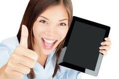 Mujer del ordenador de la tablilla feliz imágenes de archivo libres de regalías