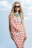 Mujer del verano de la moda Fotos de archivo libres de regalías