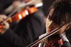 Mujer del violinista Fotos de archivo libres de regalías