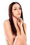 Mujer desnuda joven que se sienta en el suelo Fotos de archivo libres de regalías
