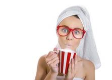 Mujer después de bañar Imagen de archivo libre de regalías