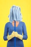 Mujer divertida de la criada Imagen de archivo libre de regalías