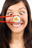 Mujer divertida del sushi Fotografía de archivo