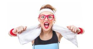 Mujer divertida sorprendida de la aptitud lista para el gimnasio Imágenes de archivo libres de regalías