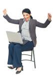Mujer ejecutiva acertada con la computadora portátil Fotos de archivo libres de regalías