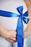 Mujer embarazada Imágenes de archivo libres de regalías