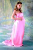 Mujer embarazada en vestido Imagen de archivo libre de regalías