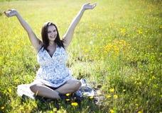 Mujer embarazada feliz Fotos de archivo libres de regalías
