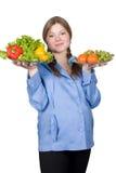 Mujer embarazada hermosa con la fruta y verdura Fotografía de archivo libre de regalías