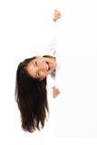 Mujer emocionada de la cartelera fotografía de archivo libre de regalías
