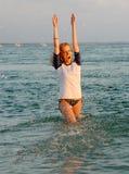 Mujer en agua Imagen de archivo libre de regalías