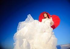 Mujer en alineada de boda Imágenes de archivo libres de regalías