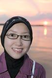 Mujer en alineada de los musulmanes imágenes de archivo libres de regalías