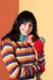 Mujer en alineada del suéter Fotos de archivo libres de regalías