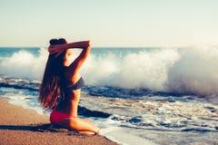 Mujer en bikini Foto de archivo libre de regalías